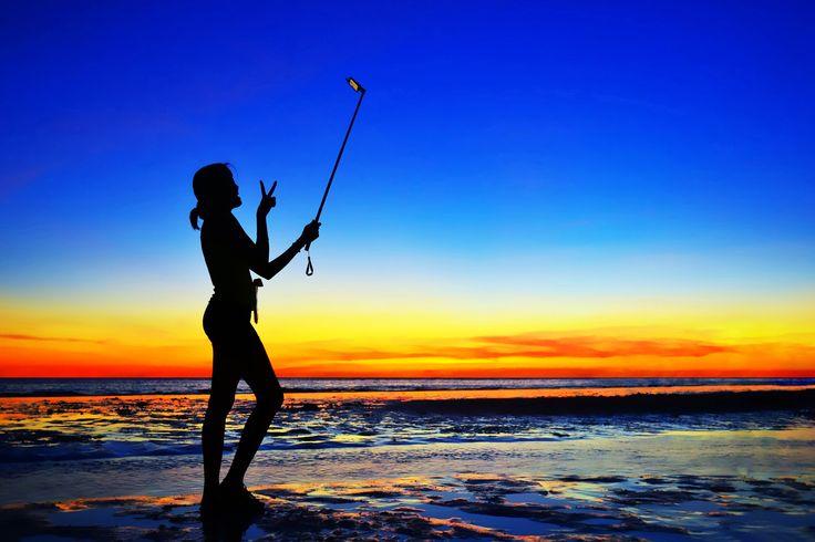 boracay-beach-selfie
