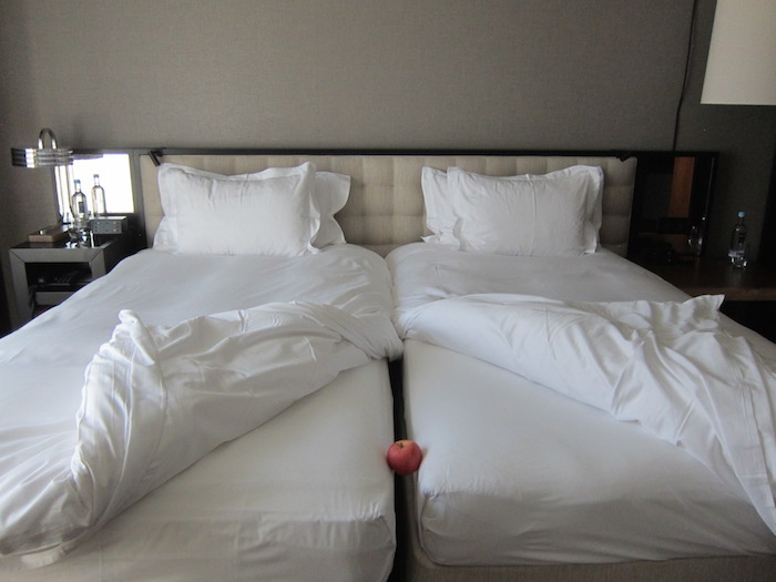 Make King Size Bed Two Twins