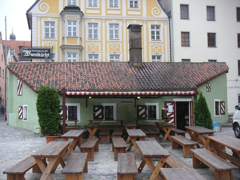 sausage-kitchen-regensburg-16
