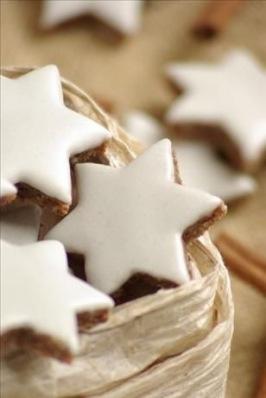 Zimtstern cookies