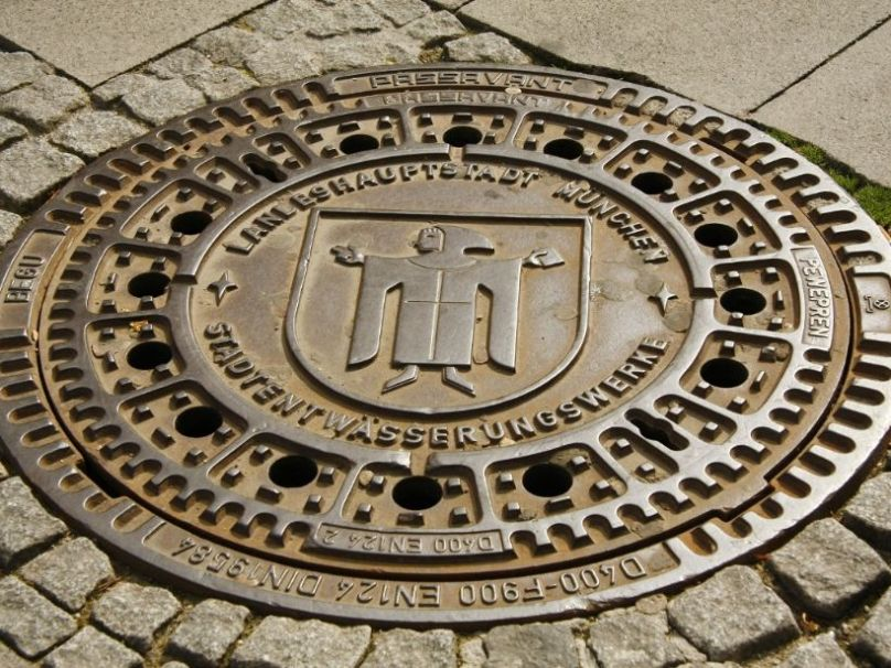 munich manhole cover 1